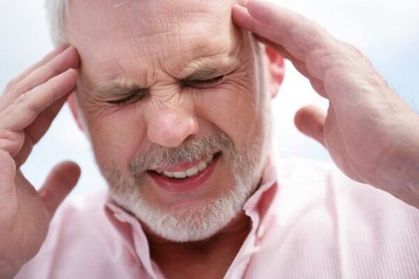 Ghế massage giúp giảm triệu chứng đau đầu